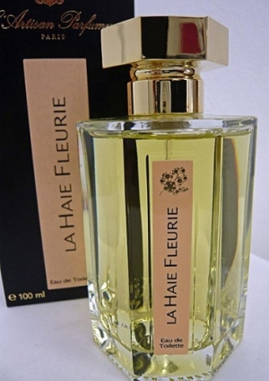 La Haie Fleurie du Hameau, L'Artisan Parfumeur (Jean-Claude Ellena). This white floral bouquet was inspired by the honeysuckle hedges in bloom at Le Petit Trianon, Marie Antoinette's fantasy play garden at Versailles. A romantic tangling of jasmine, honeysuckle and narcissus. Launched in 1997; however, it seems that it is no longer available from L'Artisan's web site, but it seems bottles can still be purchased at Barney's in NYC.