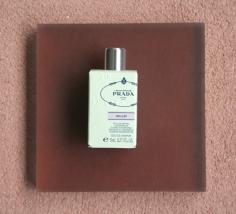 Les Infusions de Prada Oeillet (2015) Perfumer: Daniela Andrier Notes: Italian Mandarin, Spices, Carnation, Styrax, Patchouli, Musk, Sandalwood
